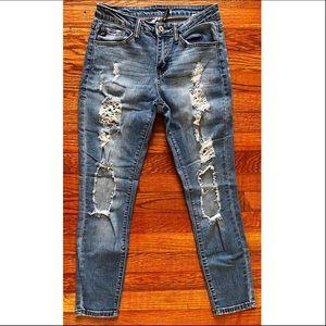 distressed, mid rise skinny jean